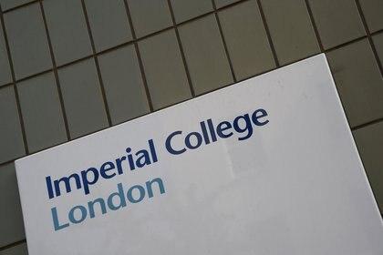 La fachada del edificio del Imperial College de Londres. REUTERS/Toby Melville/File Photo