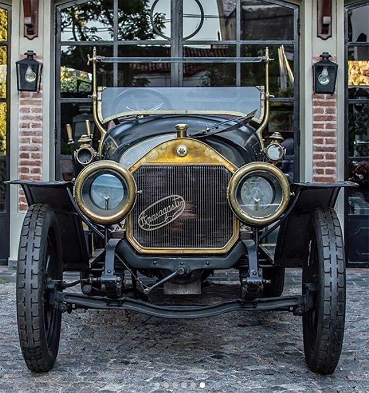 En 1912 la firma ya ofrecía sus autos con dos versiones de motor: uno de 12 HP y otro Sport, de 15 HP. Foto: Classic Cars Argentina