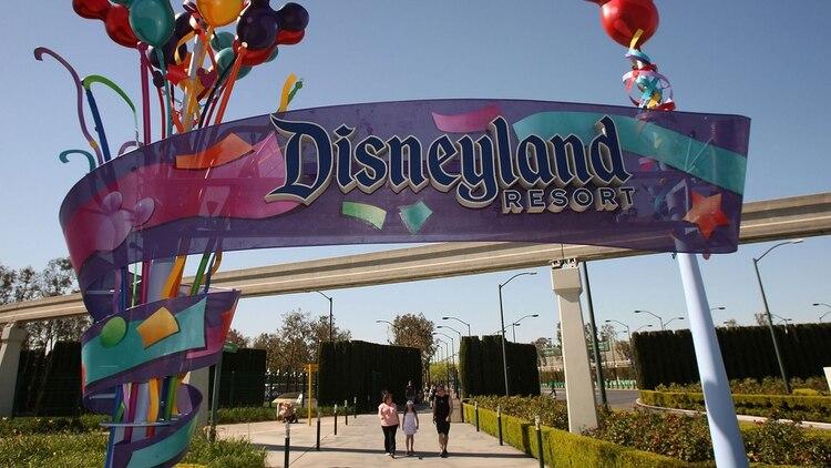 Disneyland California incluye hoteles y recibe un promedio de 50.000 visitantes al día (AFP)