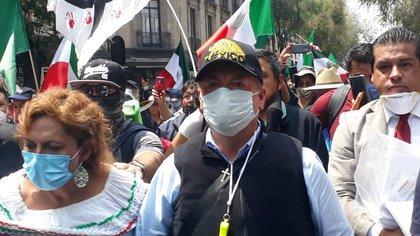 Líder de FRENAAA comparó a AMLO con Otto Pérez, Hosni Mubarak y Evo Morales (Foto: Twitter / @OficialFrenaaa)
