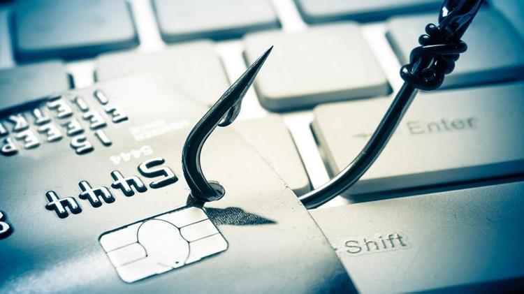 Hay que evitar hacer clic en los links que llegan por correo o mensajes porque pueden ser intentos de phishing.