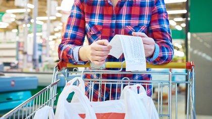 La inflación de alimentos pesa mes a mes en el índice de precios oficial (IStock)