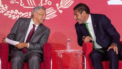 Carlos Hank González, presidente del Grupo Financiero Banorte sería uno de los empresarios que irían a la cena. (Foto: Cuartoscuro)