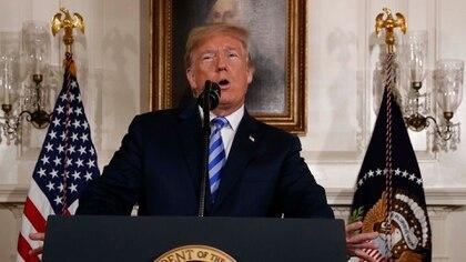 Donald Trump envió portaaviones a Medio Oriente para reducir la amenaza iraní (REUTERS)