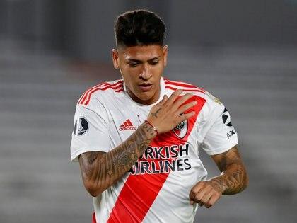 Jorge Carrascal sufrió un esguince de rodilla y se perderá el duelo con San Pablo en Avellaneda. Foto: REUTERS/Agustin Marcarian