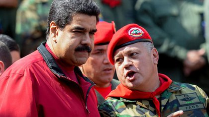 "Maduro, who also likes to appear in military uniform, along with Diosdado Cabello, strong man of the ""Bolivarian National Armed Force"", main supporter of the Venezuelan regime"