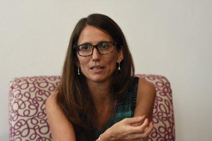 Elizabeth Gómez Alcorta, ministra de las Mujeres, Géneros y Diversidad, firmó el Decreto junto a Alberto Fernández y Santiago Cafiero. (Nicolás Stulberg)