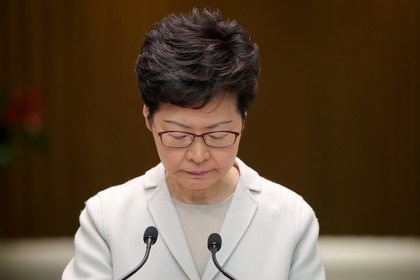 Carrie Lam, jefa ejecutiva de Hong Kong (REUTERS/Marko Djurica/File Photo)
