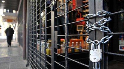 Los comercios están cerrados desde el 20 de marzo, cuando se dispuso la cuarentena obligatoria