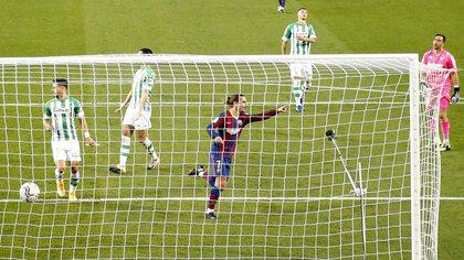 El francés convirtió en la goleada del Barcelona contra el Betis - REUTERS/Albert Gea