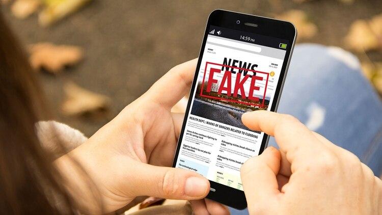 """El uso de """"Fake News"""" (noticias falsas) ha sido clave las campañas de desinformación del Kremlin. (Shutterstock)"""