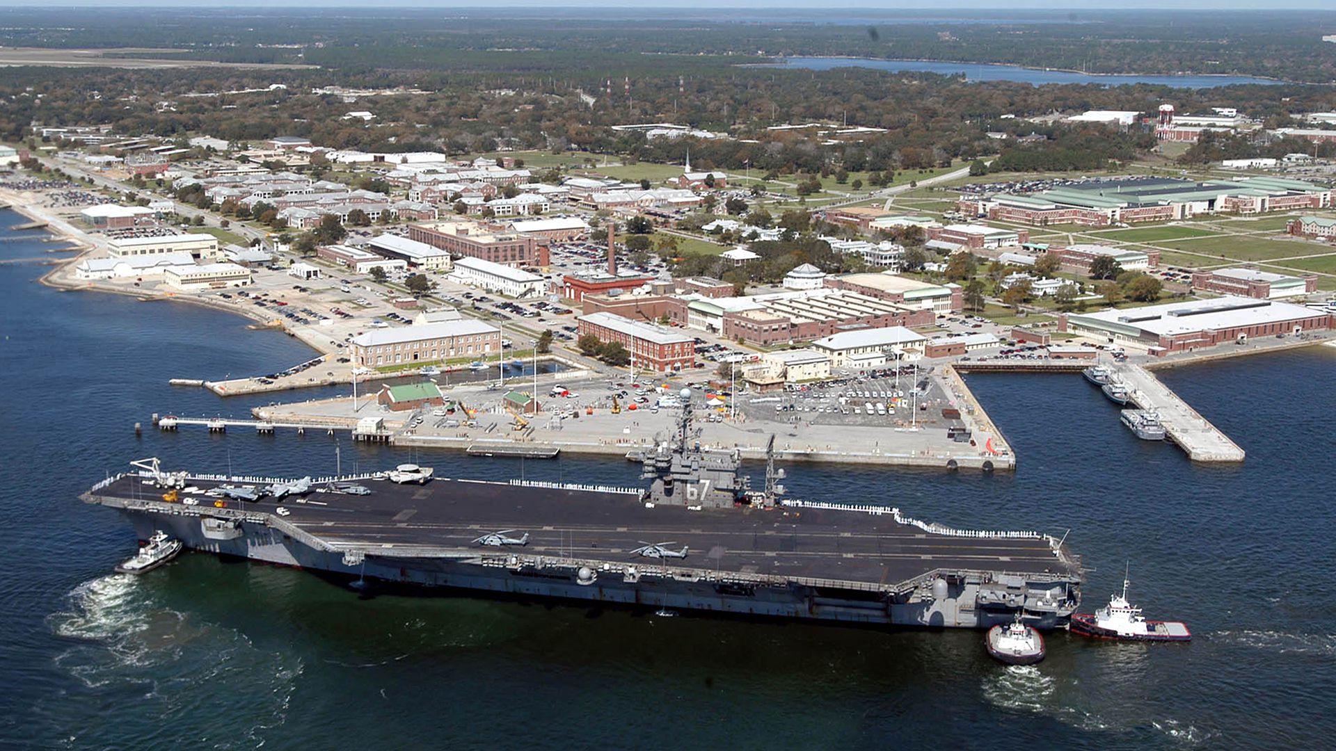 El tiroteo en una base naval en el noroeste de Florida el pasado 6 de diciembre dejó un saldo de tres muertos y varios heridos. El atacante, un soldado saudita, fue abatido por la Policía (AFP)
