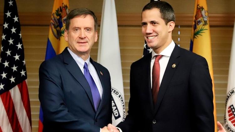 Juan Guaidó y Mark Green