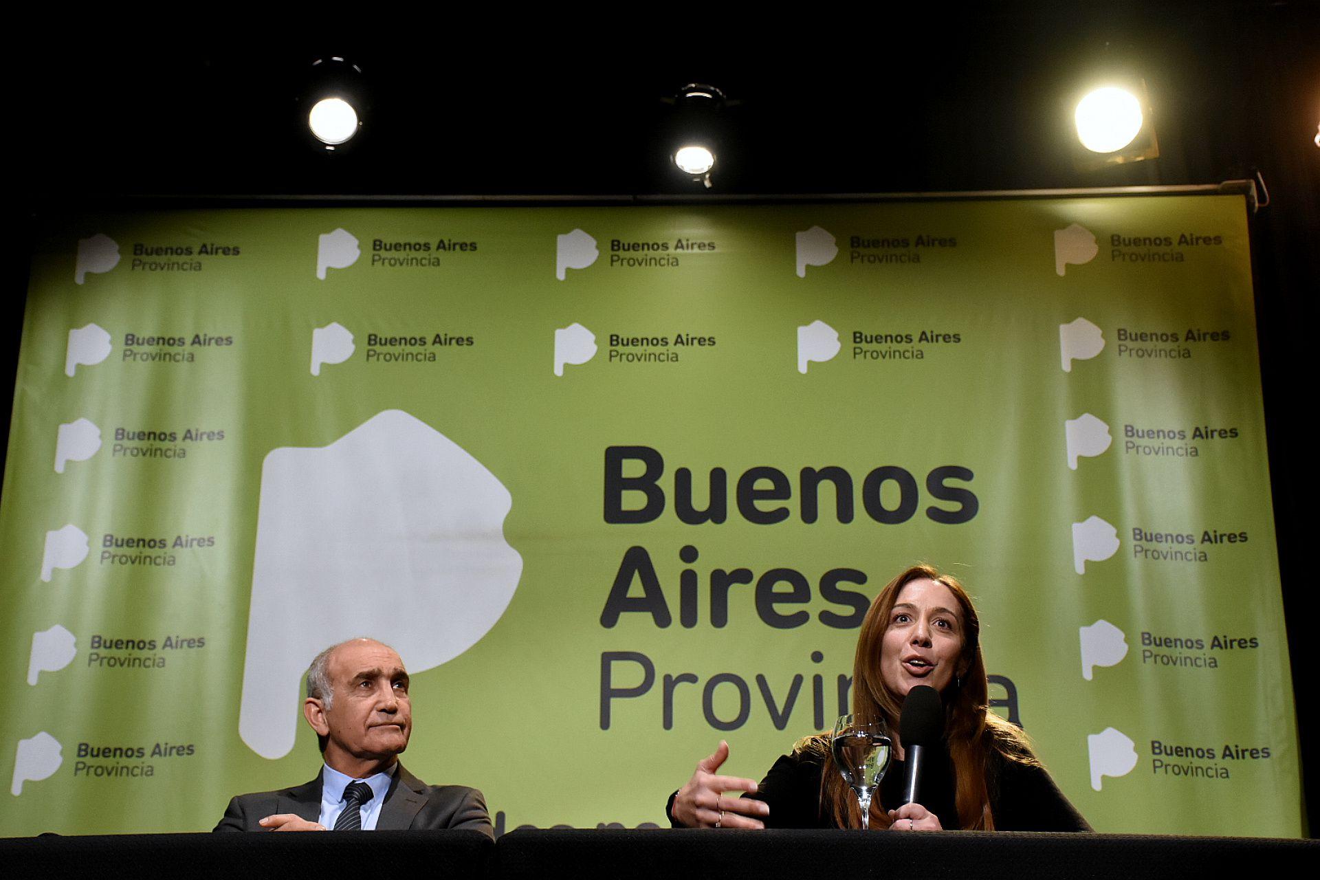 Daniel Salvador y María Eugenia Vidal (Nicolás Stulberg)