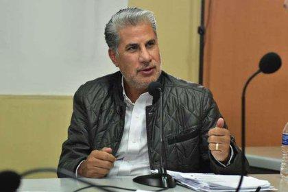 Alejandro Rojas Díaz Durán invitó al miembro histórico de la izquierda mexicana a iniciar el debate para la reforma estatutaria de Morena (Foto: Morena)