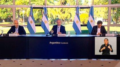Anuncio Alberto Fernandez, Rodr+iguez Larreta y Kicillof de la extensión cuarentena y el anuncio del recorte de la ayuda