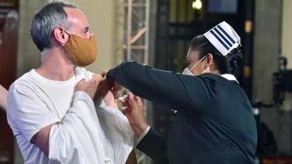 """""""Me llegó el turno"""": López-Gatell informó cuándo será vacunado contra COVID-19"""