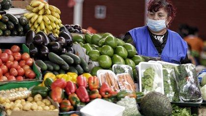 Más de 1.000 camiones con alimentos entraron este martes a Bogotá, Alcaldía descarta desabastecimiento