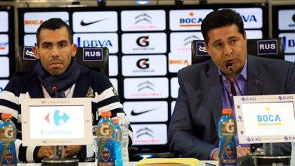 Daniel Angelici fue quien trajo a Carlos Tevez en 2015 luego de su extenso paso por Europa (Foto: NA)