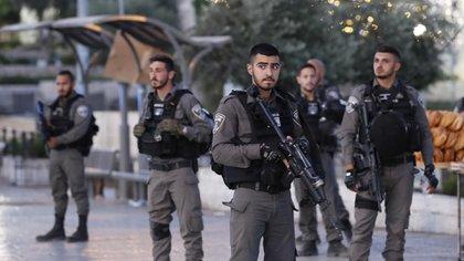 Las fuerzas israelíes en constante alerta ante posibles ataques de terroristas palestinos (AFP)