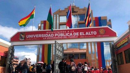 El frente de la Universidad Pública de El Alto