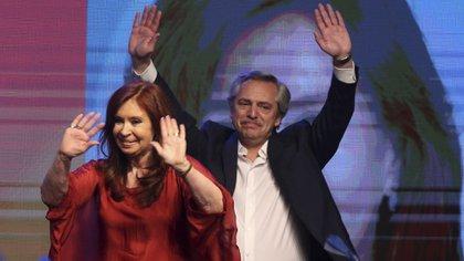 Fernández y Kirchner iniciarán su gobierno el próximo martes (Reuters)