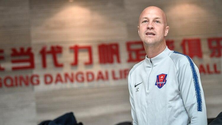 Jordi Cruyff estuvo 16 meses trabajando en el fútbol chino y ahora será DT de Ecuador, primer rival de Argentina en las Eliminatorias (Shutterstock)
