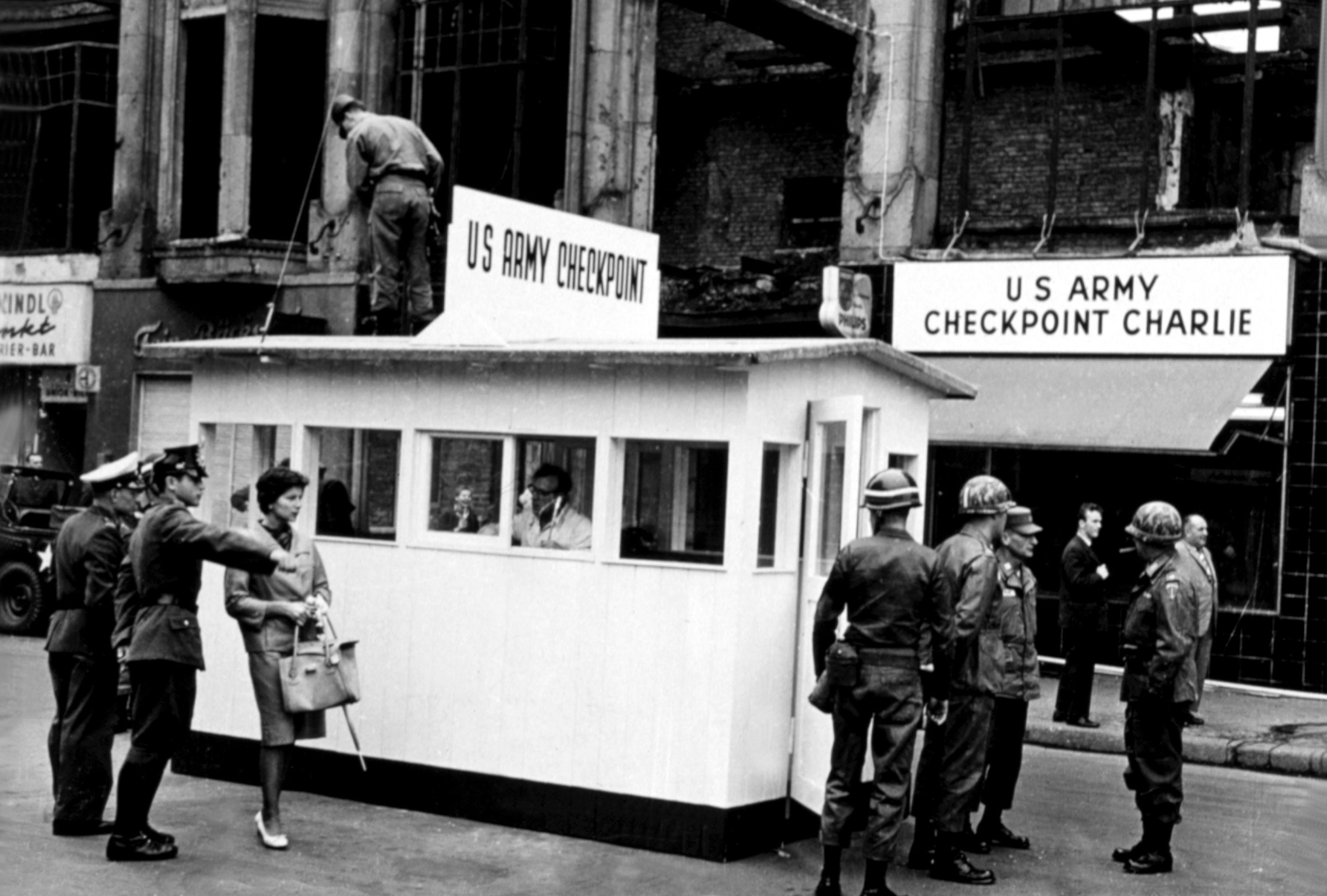 Checkpoint Charlie el 27 de septiembre de 1967