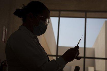 TIJUANA, BAJA CALIFORNIA, 07MAYO2021.- Mujeres embarazadas acudieron al Hospital Materno Infantil para aplicarse la vacuna contra el Covid-19. De acuerdo a información oficial, fueron aplicadas 203 vacunas Pfizer. FOTO: OMAR MARTÍNEZ /CUARTOSCURO.COM