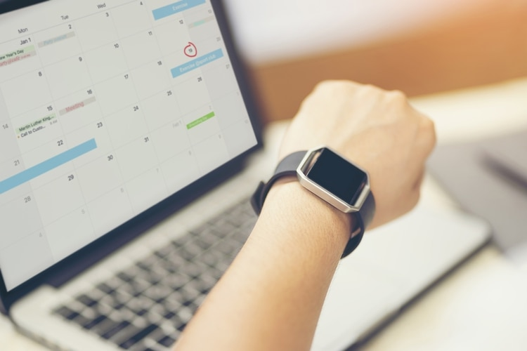 Es imposible mantener la felicidad a largo plazo sin equilibrar adecuadamente el tiempo profesional con el personal (Shutterstock)