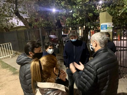 Máximo Kirchner en Villa Azul junto con los intendentes Mayra Mendoza y Jorge Ferraresi