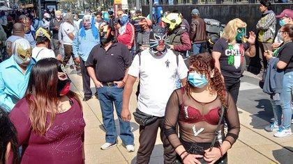 Luchadores se manifestaron en el centro de la CDMX (Foto: @apolovaldes / Twitter)