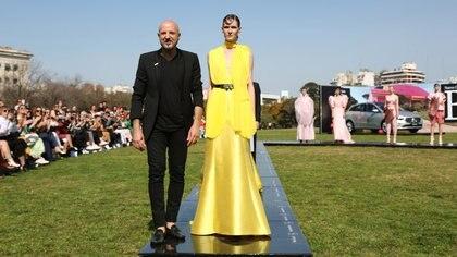 El Designers BA comenzó de la mano de Fabián Zitta en la Floralis Genérica en Palermo (Grupo Mass)