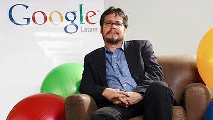 Entre junio de 2007 y mayo de 2012, fue director de Comunicaciones Globales y Asuntos Públicos de Latinoamérica en Google. Después, de 2013 hasta julio de 2014 estuvo al frente de las comunicaciones corporativas de Facebook en la región
