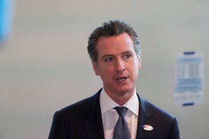 Gavin Newsom, el gobernador de California, está bajo fuego tras la promulgación de la ley estatal 145. (REUTERS/Gabriela Bhaskar)