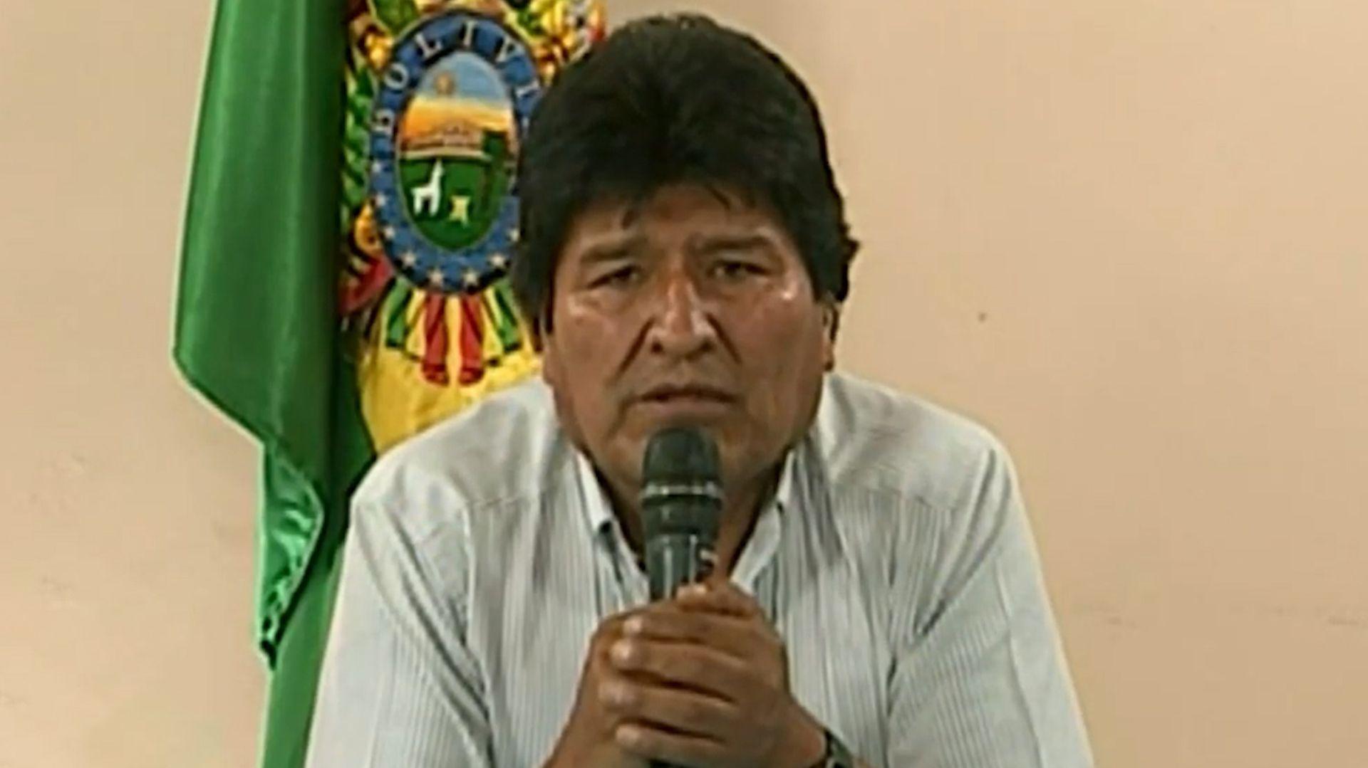 Evo Morales renunció a la presidencia por cadena nacional