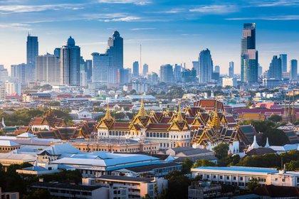 Como la capital de Tailandia y la ciudad más poblada, Bangkok sirve como un importante centro cultural y de negocios para el país (Shutterstock)