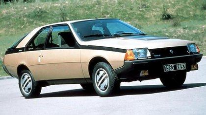 La Fuego nace para darle a Renault una variante cupé basada en el prestigioso R18.