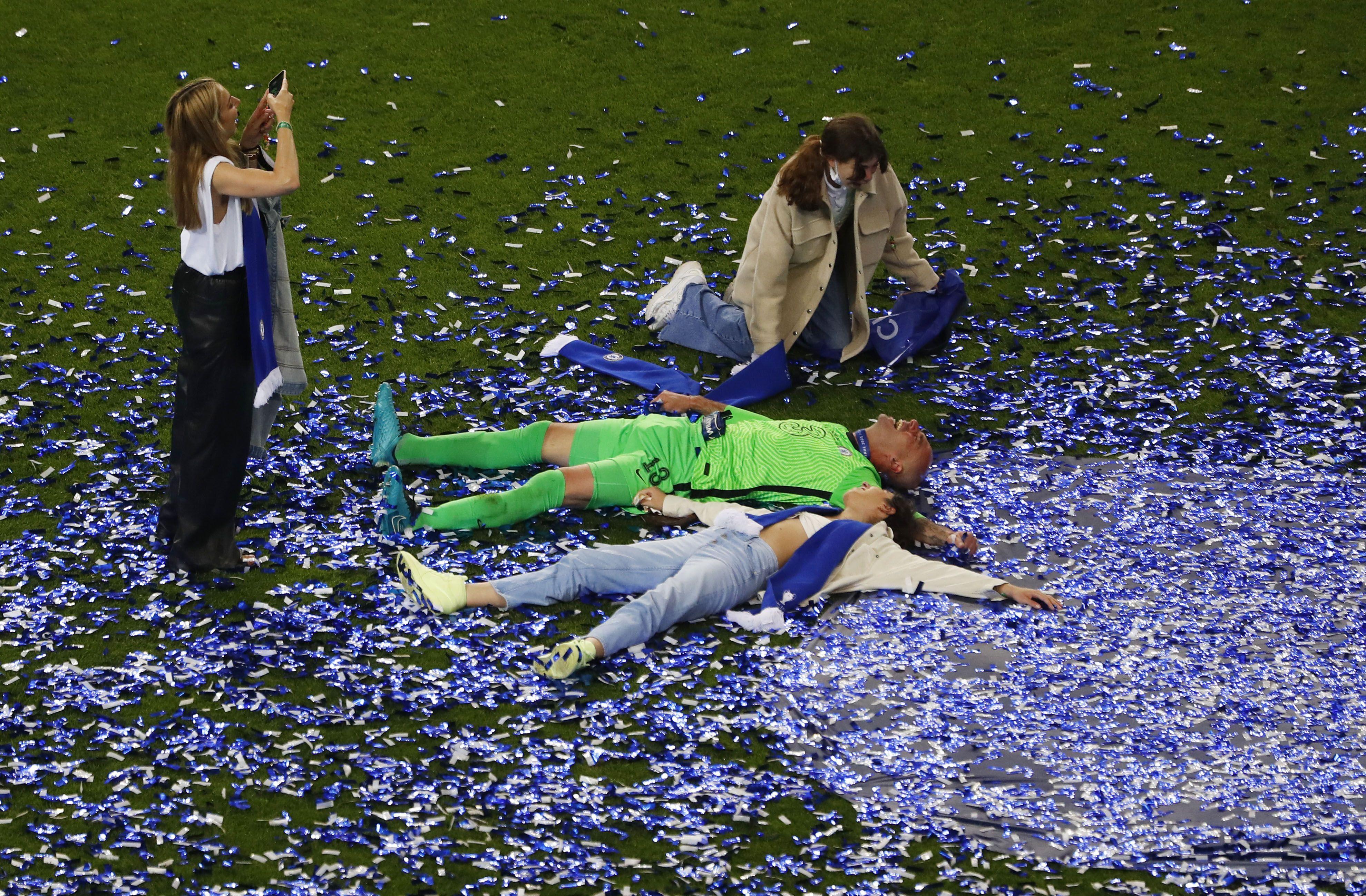 Caballero disfruta en familia tras la final de la Champions (REUTERS/Susana Vera)