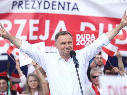 Polish President Andrzej Duda attends his election rally in Olkusz, Poland July 9, 2020. Jakub Porzycki/Agencja Gazeta via REUTERS ATTENTION EDITORS - THIS IMAGE WAS PROVIDED BY A THIRD PARTY. POLAND OUT. NO COMMERCIAL OR EDITORIAL SALES IN POLAND