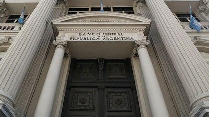 Jornada financiera: el Banco Central ya compró más de USD 1.000 millones para sus reservas en abril