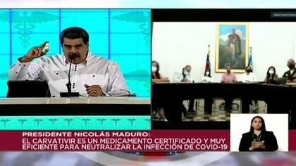 Maduro exhibió otra vez el Carvativir