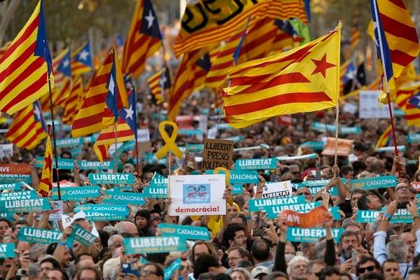 Masiva marcha en Cataluña(AFP)