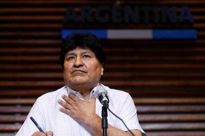 El ex presidente boliviano Evo Morales realiza una conferencia de prensa en Buenos Aires, Argentina. Oct 22, 2020. REUTERS/Agustin Marcarian