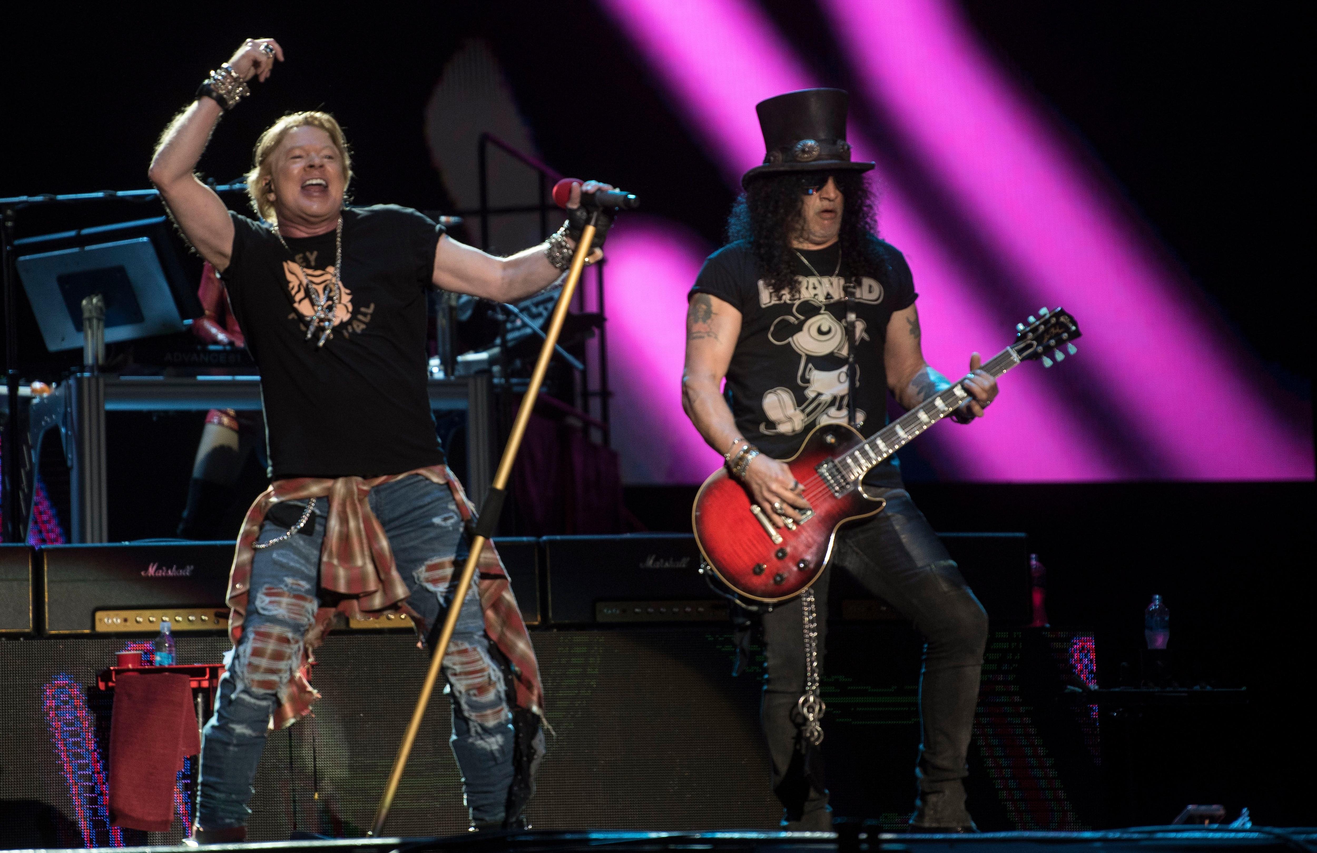 Guns N' Roses, es uno de los artistas más esperados en Colombia. Los estadounidenses se presentarán en el Festival Estéreo Picnic en septiembre de 2021 / (AFP).