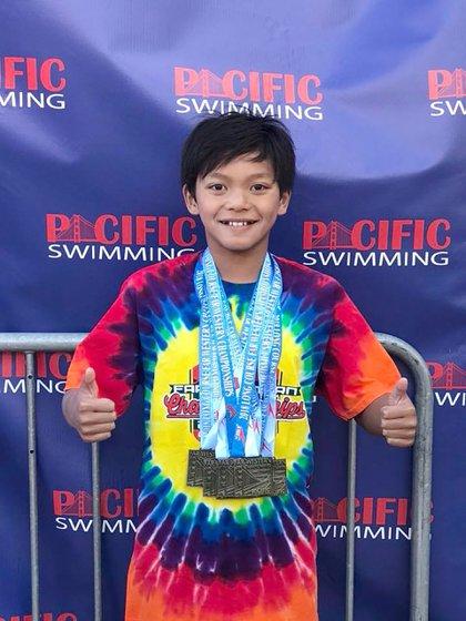 Clark Kent disfruta de nadar y del reconocimiento obtenido por superar a Phelps (Facebook)