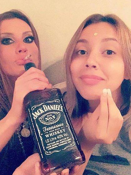 Natacha con su hija Antonella