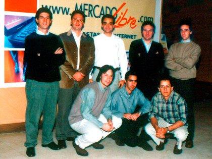 Otra foto del primer equipo de la empresa