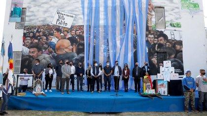 El evento en Villa Palito (La Matanza), uno de los diez lugares elegidos por Maradona para la acción solidaria