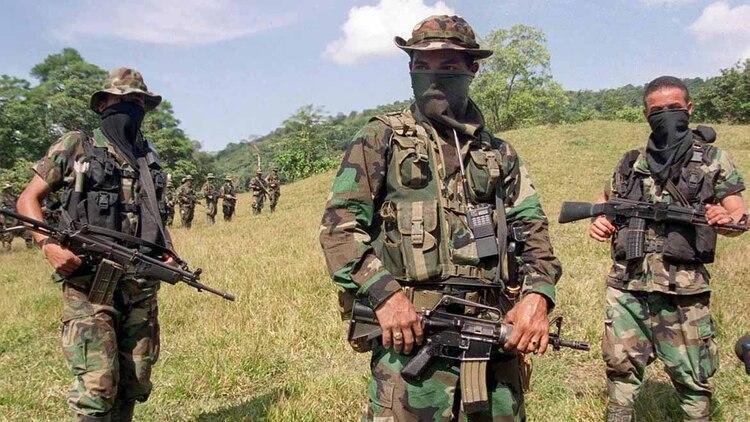 Los Rastrojos les dijeron que era preferible que se fueran, porque ellos están sembrando de minas el territorio. (AFP)